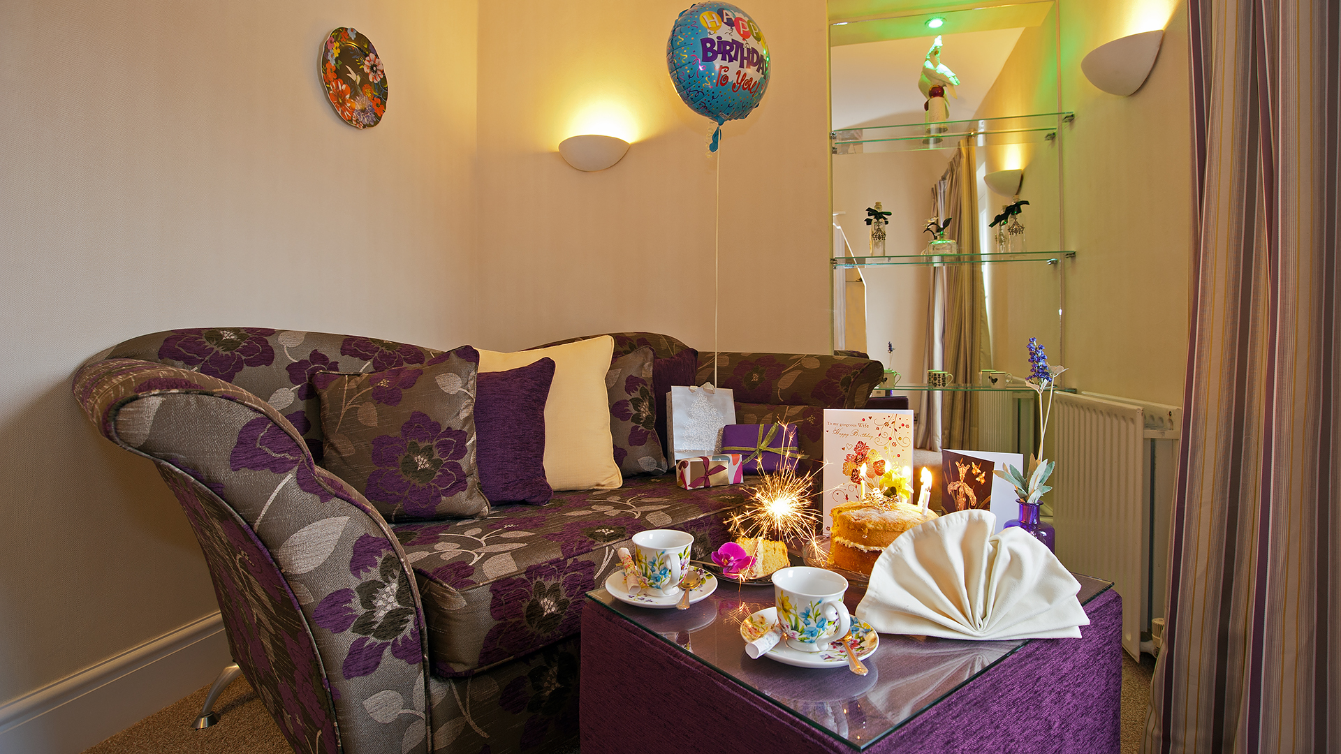 Photography to Highlight Finishing Touches in a luxurious hotel room - a Birthday Sparkler